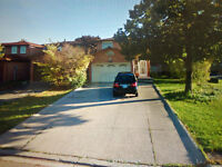 2 BEDROOM BASEMNT APARTMENT@ CHAROLAIS BLVD/ MCMURCHY AVE SOUTH