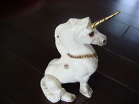 Windstone editions unicorn collectible