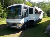 36' Fleetwood Pace Arrow Motorhome