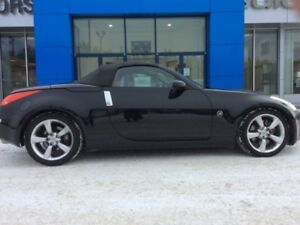 2007 Nissan 350Z W/BLACK TOP  - Low Mileage