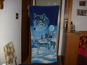"1 NEW, 30-1/2"" x 60"" Beach/Bath Towel"