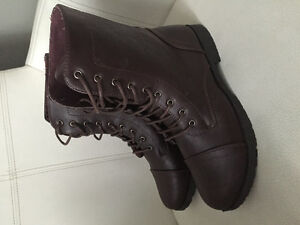 New Women's Brown Leather Look Boots