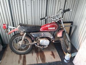 Older Yamaha 80cc dirt bike