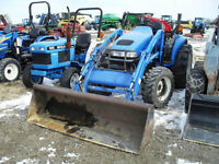 PARTING OUT NEW HOLLAND TC35