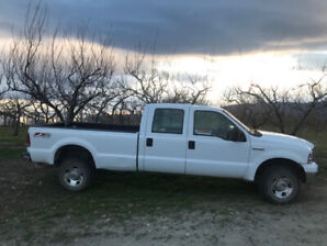 2007 Ford F350 Crew Cab with 8'Box