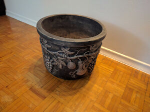 "16.5"" Garden Pot for Sale"