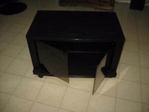 Meuble de TV très propre