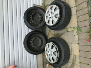 195/65R15 91H 4 Winter tires on rims 2 seasons old      $400
