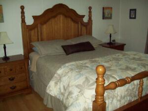 Mobilier de chambre a coucher 5 Morceaux ( Chene )