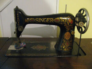 Singer Sewing Machine/Machine a Coudre Singer