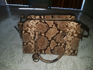 Auhentic Michael kors brand new bag