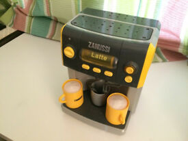 toy coffee machine with accessories