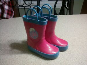 Size 6 Pink rain boots