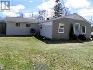 3 bd home on 2 acres, 2 car garage, fenced-in backyard!!