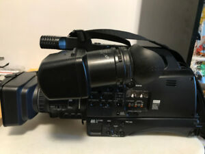 PANASONIC AG-HMC80 PROFESSIONAL SD CAMCORDER $1800 OBO OR TRADE