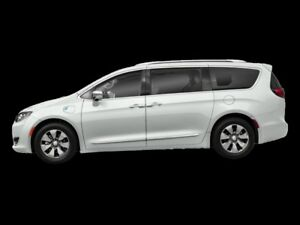 2018 Chrysler Pacifica   - Low Mileage