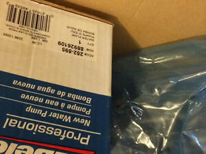 Water pump 305 350 chev new in box