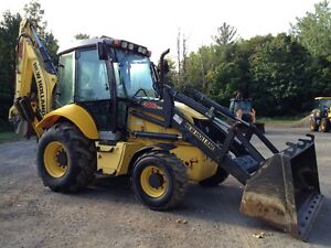 new holland B95C 2014 (900 hrs) West Island Greater Montréal image 2