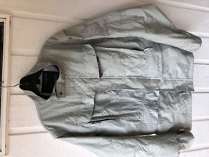 Fox off-road riding jacket with removable sleeves. XL.