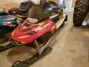 2003 Ski Doo Summit 800 Highmark **Rebuilt Engine**