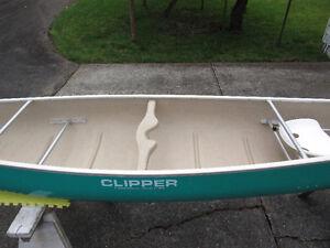 """Canoe by Clipper """"Tripper"""" 17.5 ft."""