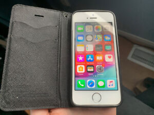 $100 OBO Full Functional but little beat up iPhone 5s 16gb Telus