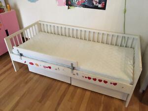 Lit Ikea enfant 2-6 ans