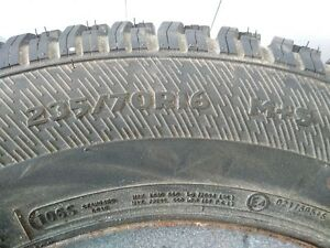 235/70R16 Snow tires and rims - almost new
