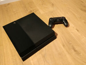 Console de jeux Playstation PS4 2TB (2000 GB) - 320$