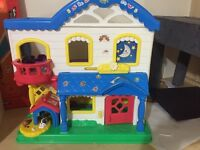 Small dolls play house