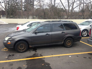 2007 Ford Focus grey Wagon