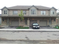 New House in Grimsby - near Lake