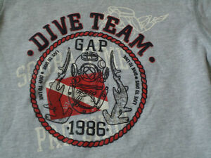 Boys Size 4/5 Long Sleeve Diver Cotton T-Shirt by GAP Kingston Kingston Area image 2