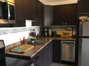 Newly renovated Hintonburg 1 bedroom with office - Move in Oct 1