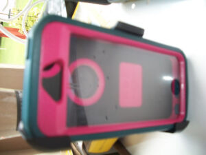 I Phone 5 any $ 5 and SE  Models OTTER BOX with belt clip