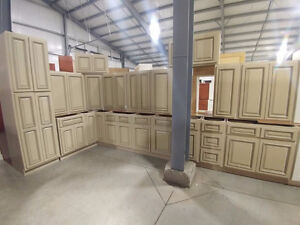 40+ New Kitchen Cabinet Sets - Auction Closes Dec 31st Kitchener / Waterloo Kitchener Area image 3