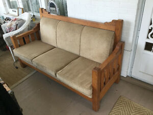 Antique arts and crafts/Mission style oak sofa (A180)