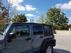 Jeep Wrangler Unlimited OEM Soft Top London Ontario image 2