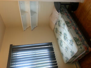 CHAMBRES A LOUER/ROOMS FOR RENT