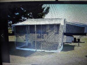 Screen tent for a 10' Palamino trailer