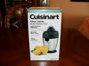 Cuisinart Citrus Juicer (Never Opened) Brushed Stainless Steel
