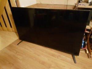 62 inch proscan TV. screen doesn't stay on 150 OBO