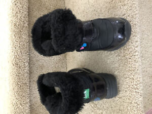 COUGAR toddler snow boots