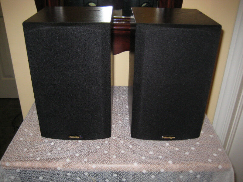 Compact Paradigm Bookshelf Speakers Atom V2