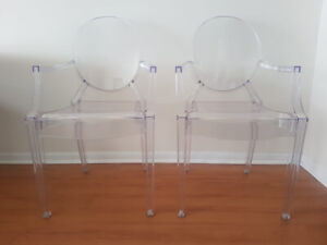 2 Ghost Chairs (clear acrylic, high quality)