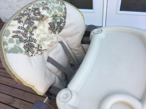 Adorable 3 in 1 High Chair For Sale!