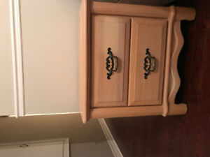 Full King Size bedroom furniture set for sale