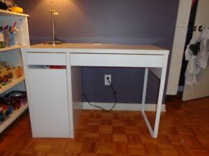Ikea achetez ou vendez des bureaux dans grand montréal petites