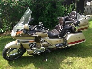 1989 Honda Goldwing GL 1500/6 with 143000km. loaded with tons of