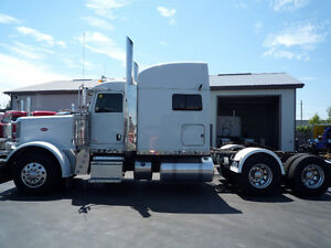 "2014 Peterbilt 388  ++  SUPER 40's  disc brakes, 70 "" Bunk"